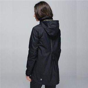 RARE Lululemon Fo Drizzle Rain Jacket Black
